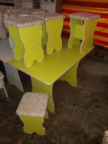 стол на кухню раскладной в Кыргызстан: СТОЛ 4шт ТАБУРЕТКИ 3000сом ДОСТАВКА СТОЛ 6шт ТАБУРЕТКА 4500с+ДОСТАВКА