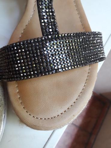 Udobne i lepe sandale, broj 38. Nosene samo jednom - Beograd - slika 3