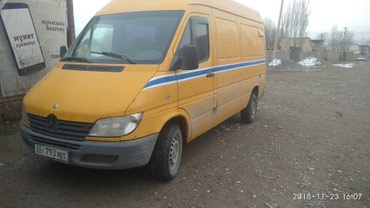 Mercedes-Benz Sprinter 2000 в Казарман