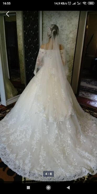 На прокат Свадебное платье купили в Москве все есть