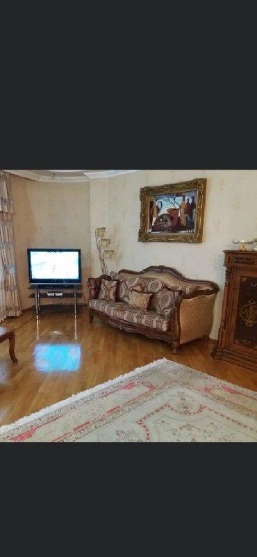 - Azərbaycan: Mənzil satılır: 6 otaqlı, 254 kv. m