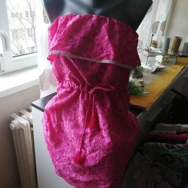 Cipkana roze haljina s vel