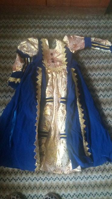 Платье на 8-10лет в Лебединовка