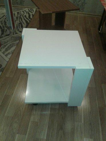 Xırdalan şəhərində Tekerli çay stolu(jurnalni kimi)40x40