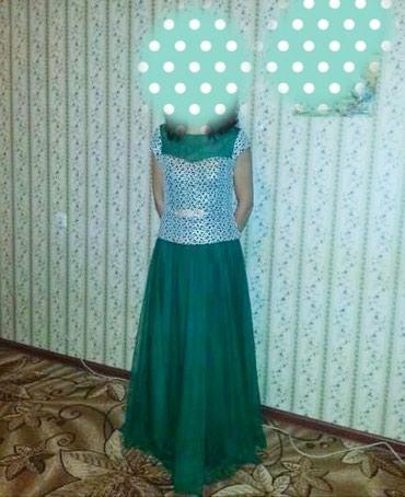 Продаю красивое платье для торжеств. в Бишкек