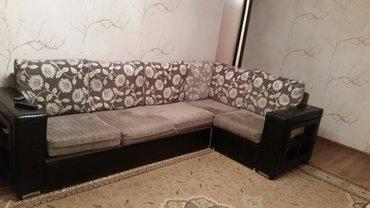 Продаю диван как новый, пользовались 2 года, цена 25000 торг уместен, в Бишкек