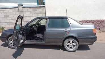 Транспорт - Бает: Volkswagen Vento 1.8 л. 1993