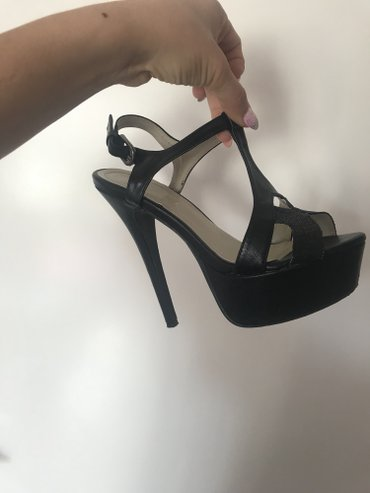 Crne sandale sa stiklom od 16cm. Broj 38. Skaj materijal. Nosene - Nis