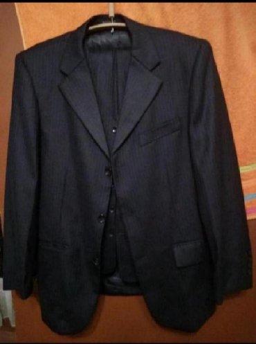 raz 46 в Кыргызстан: Продаю костюм тройка Одевали один раз. Размер 46 (турция)