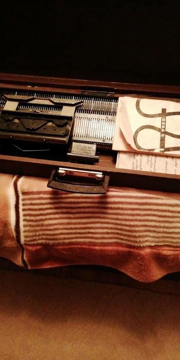 Швейные машины - Шопоков: Вязальная машинка Нева - 2 с насадкой. 5000 сом