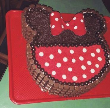 Domace torte - pesak torta Cena 4100U cenu su uracunate ruke