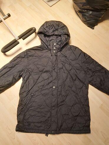 Diadora perjana jakna xl,al je veca i odgovara do 3xl,punjena
