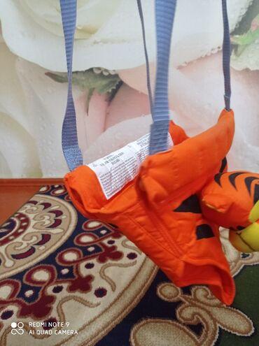 Другие товары для детей в Токмак: Продаю прыгунок