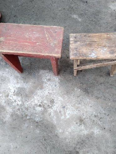 Табуретки .цена по 250