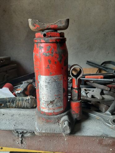 Транспорт - Дачное (ГЭС-5): Домкрат рабочий за 1000 окончательно