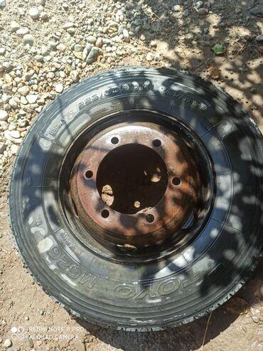 Цистерну 5 куб - Кыргызстан: Шины и диски на грузовой. 5 диски с шинами и 2 покрышек. Состояние