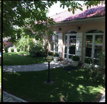 Аренда дома долгосрочно в Кыргызстан: Аренда Дома Долгосрочно: 350 кв. м, 6 комнат