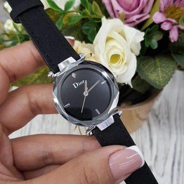 Женские Черные Наручные часы Dior в Бишкек