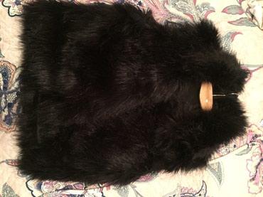 Продаю или обменяю жилетку черную, мех в Бишкек