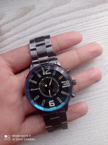 Продаю часы,покупали за 1800,продаю за 1100, уступка есть,они