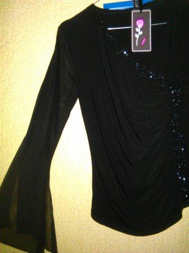 Bluza nova crna, svečana od muslina, modernog kroja, sa v izraz m/l. - Beograd