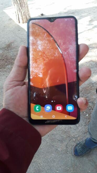 samsung plansetlerin qiymeti в Азербайджан: Samsung A20s 5 ayin telfonudu hec bir problemi yoxdu adaptir nauşnik