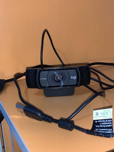 веб камера б у в Кыргызстан: Веб камера logitech, практически новая, пользовались пару раз