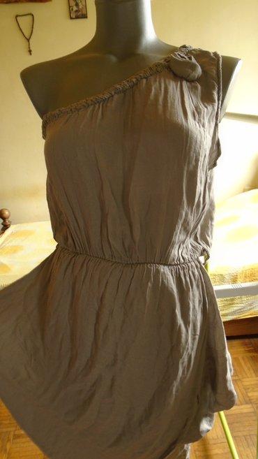 Lepa, letnja haljinica od tanjeg, prijatnog materijala, ima postavu a - Belgrade