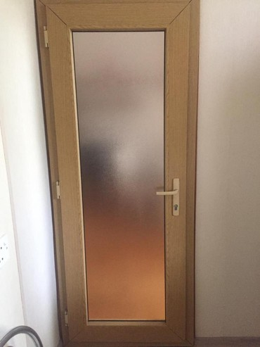 Белые двери - Азербайджан: Дверь из пластика периметром:200*82