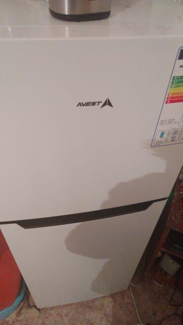 Холодилник, продаю новый пачти пользовались 2 месяца.Арчабешик