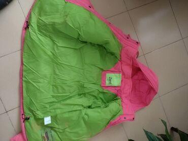 летнее платье 48 размера в Кыргызстан: Продам куртки теплые одевали несколько раз в горы по 2000 каждая