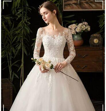 термобудки продажа в Кыргызстан: Свадебные платья новые на Продажу размер 40/42/44 Фата и подъюбник в