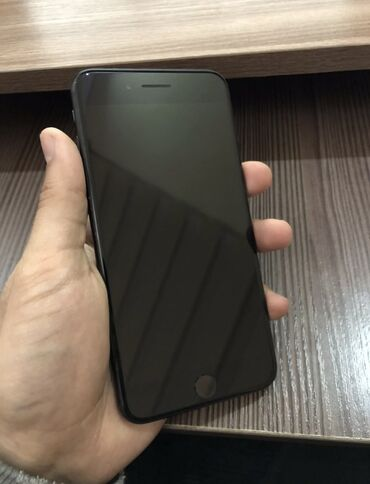 Электроника - Кызыл-Кия: IPhone 7 Plus | 32 ГБ | Черный Б/У | Гарантия