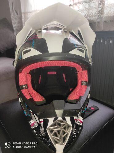 Sport i hobi - Sabac: Motocross kaciga LS2 Nošena par puta, bez oštećenja