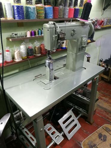 Продаю колонковую машинку, для пошива и ремонта обуви, производство