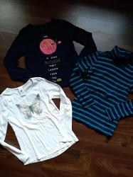 Dečija odeća i obuća   Ruma: Očuvani duksevi za devojčice. Veličina 6-7. Cena je za ceo komplet