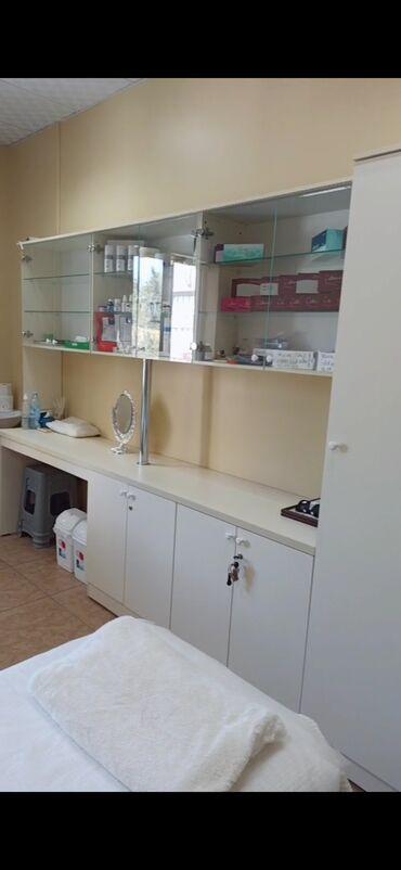 Медицинская мебель - Кыргызстан: Продаю мебель в кабинет.Пользовалась 2 месяца, в отличном состоянии бе
