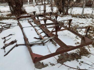 купить кун на мтз бу в Кыргызстан: Продаётся тракторный прицеп платформа,плоскорез с 4 боронами и грабл