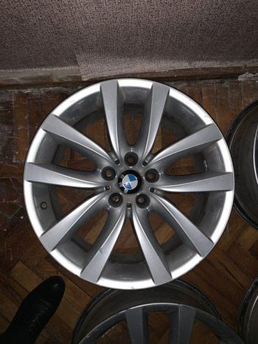 Bakı şəhərində BMW original 19' disklər. F10 modeli üçün.