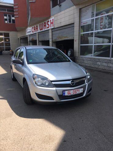 Opel Astra GTC 1.4 l. 2009