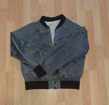 Original Diesel jakna, velicina je M. Duzina: 59cmRamena: 40cmGrudi