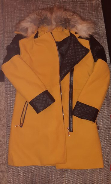 Nov kaput,vel M.Kupljen u Italiji mogucnost skidanja krzna - Belgrade