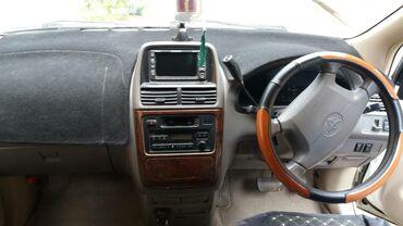 Toyota в Ала-Бука: Toyota Ipsum 2 л. 2000