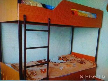 Продаю двухярусную кровать размер 2*0,9 в Шопоков