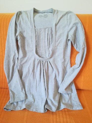 Ostala dečija odeća   Vranje: Pamučna prelepa pamučna bluzica vel 12, obim grudi 76 cm, nošena