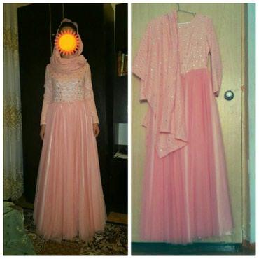 Продаю женские платье,размер 44-46. иметься платок. в Бишкек