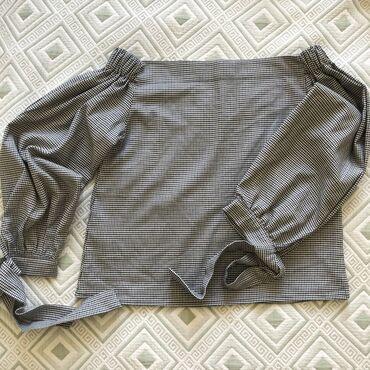 Рубашки и блузы - Кыргызстан: Кофточка с открытыми плечиками