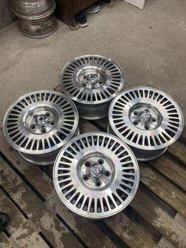 Шины и диски - Б/у - Бишкек: Диски Ниссан размер r15 ширина 6,5j вылет 40 Разболтовка 5х114,3