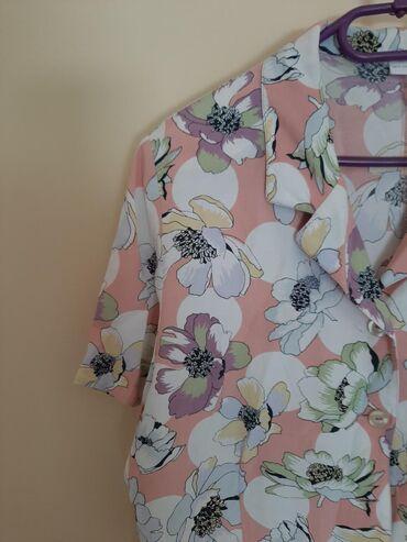 Divna Vintage sarena bluza. Vel XL