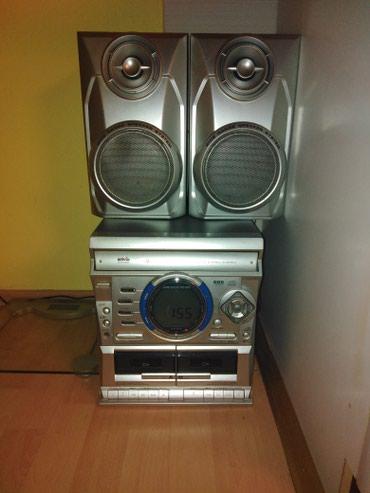 Muzicka-linija - Srbija: Muzicki stub,CD,kasetofon